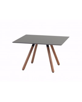 Petite table rectangulaire d'appoint