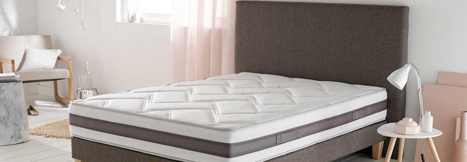 literie et ameublements pour h tels chambres d 39 h tes. Black Bedroom Furniture Sets. Home Design Ideas